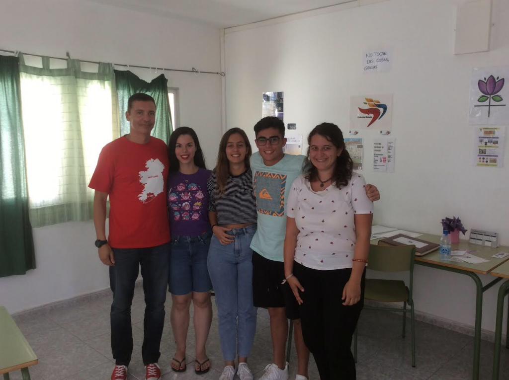 Alumnos de Gestión de Alojamiento Turístico, junto con el profesor Sergio Hernández